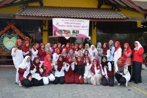 Pelatihan Mom Baby Spa Bersama Mahasiswi UNISA Yogyakarta